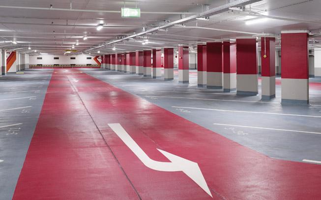 Modern, freundlich und gut ausgeleuchtet sind die Parkhäuser der Stadtwerke Heidelberg Garagen